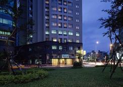 麗湖大飯店 - 台北 - 建築