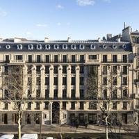 La Clef Tour Eiffel Featured Image