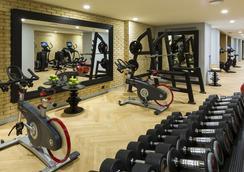 埃菲爾鐵塔拉克萊芙圖爾酒店 - 巴黎 - 健身房