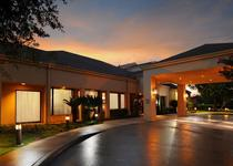 Courtyard by Marriott Houston Hobby Airport