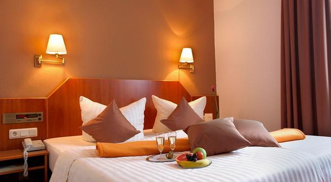 Hotel Kleefelder Hof - 漢諾威 - 臥室