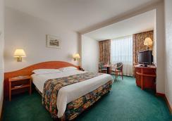 華美達公園酒店 - Bucharest - 臥室