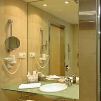 Ayre Hotel Caspe Bathroom Sink