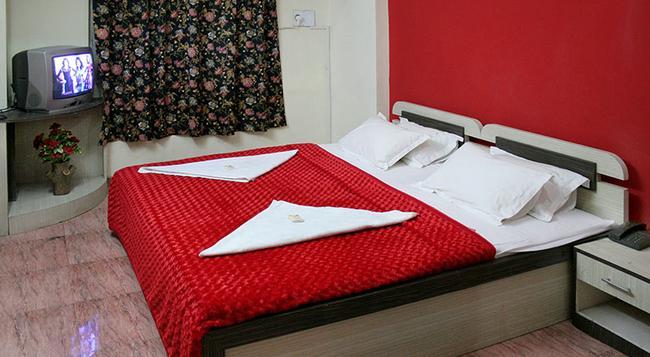 Hotel Indraprasth - 奧蘭加巴德 - 臥室