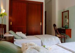太陽假日酒店 - 拉克魯斯 - 臥室