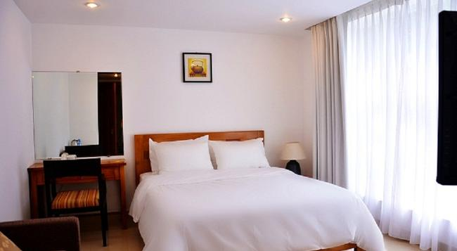 Crown Diamond Hotel - 胡志明市 - 臥室