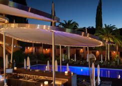 Benkirai Hotel - 聖特羅佩 - 室外景