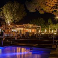 Hotel Benkirai Outdoor Dining