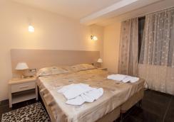 米沙塔酒店 - 索契 - 臥室