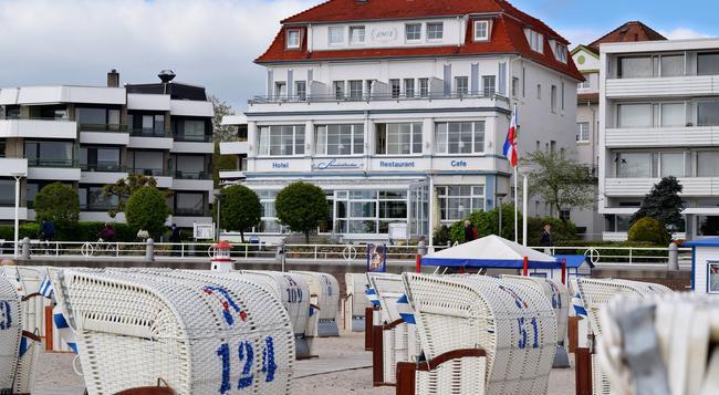 Hotel Strandschlösschen - 呂貝克 - 建築