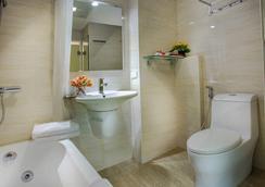 越南夜光酒店 - 河內 - 浴室