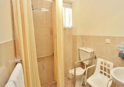 River Street Motel - 波麗娜 - 浴室