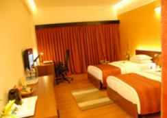 海豚酒店 - 维萨卡帕特南 - 臥室