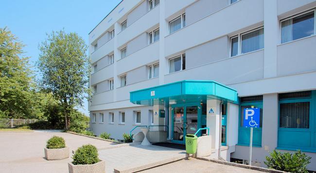 Jugendgästehaus Linz - 林茨 - 建築