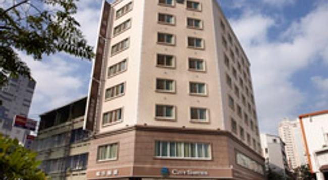 City Suites - Taichung Wuquan - 台中 - 建築