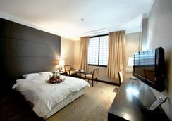 浦項準將飯店 - 浦項 - 臥室
