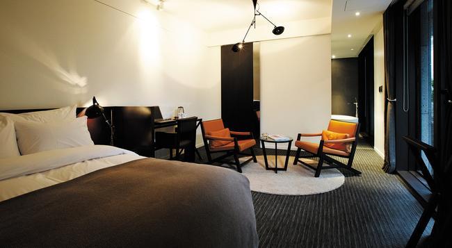 JS Boutique Hotel - 華城 - 臥室