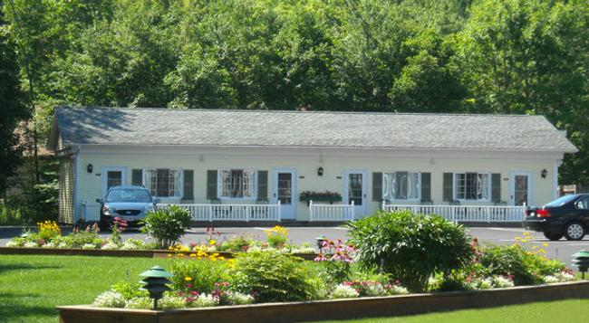 Cromwell Harbor Motel - Bar Harbor - 建築