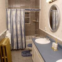 The St. Mary's Inn, Bed And Breakfast Bathroom