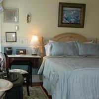 EJ Bowman House Bed & Breakfast Guestroom