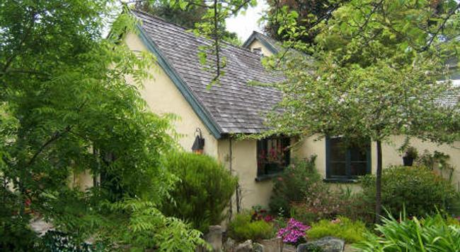 Edgemere Cottages - Carmel-by-the-Sea - 建築