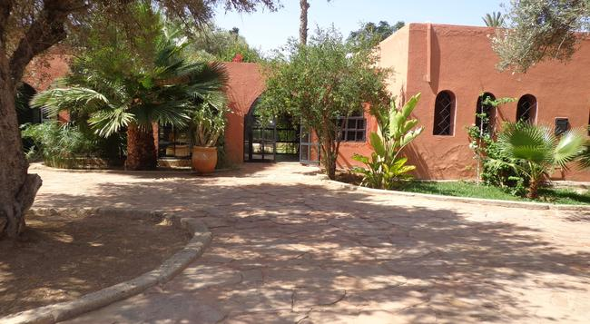Villa Warhol Guest House - 馬拉喀什 - 建築