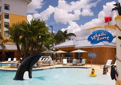 萬豪斯普林希爾奧蘭多海洋世界套房飯店 - 奧蘭多 - 游泳池