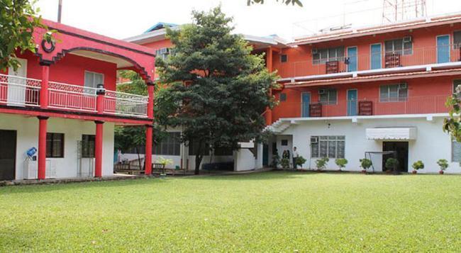 E-mo Dormitory - Hostel - 宿務 - 建築