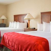 Ramada Jacksonville/Baymeadows Guestroom