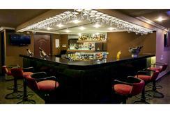 舍巴格會議中心酒店 - 蓬蒂切里 - 酒吧