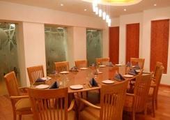 優惠客棧飯店 - 孟買 - 餐廳