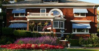 比茲利之家住宿加早餐旅館 - 納帕 - 建築