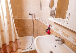 希臘之家酒店 - 克拉斯諾達爾 - 浴室