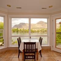 Riverland Inn & Suites Breakfast Room
