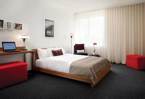 洛杉磯機場定制飯店 - 洛杉磯 - 臥室