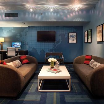 LAX海關美好生活精品酒店 - 洛杉磯 - 休閒室