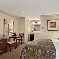 Days Inn San Diego Hotel Circle Near Seaworld Standard King Bed Room