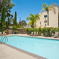 Days Inn San Diego Hotel Circle Near Seaworld Pool