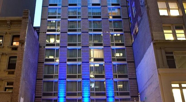 Holiday Inn Express Manhattan Times Square South - 紐約 - 建築