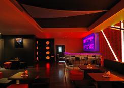 蘇居酒店 - 加爾各答 - 酒吧