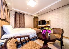 Ĵ夢幻酒店 - 濟州 - 臥室