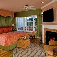 Spindrift Inn Guestroom