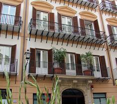 普拉索斯塔諾酒店
