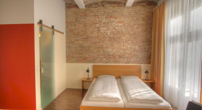 Hotel Johann - 柏林 - 臥室