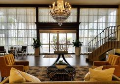 貝斯特韋斯特普勒斯棕櫚灘湖群酒店 - West Palm Beach - 大廳