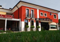 凱若斯加爾達酒店 - Castelnuovo del Garda - 大廳