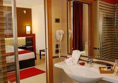 凱若斯加爾達酒店 - Castelnuovo del Garda - 浴室