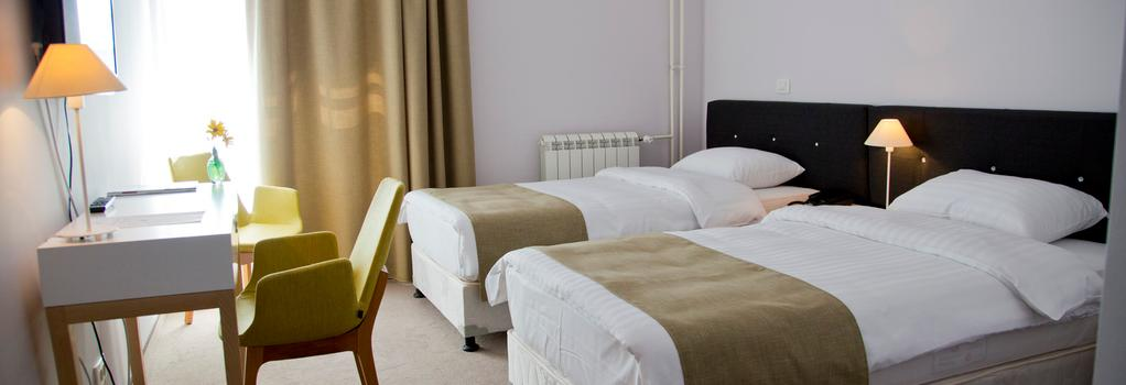 B Hotels - 貝爾格萊德 - 臥室