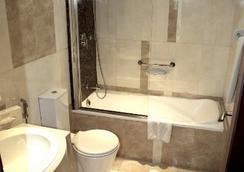 卡薩獨家公寓式酒店 - 杜拜 - 浴室
