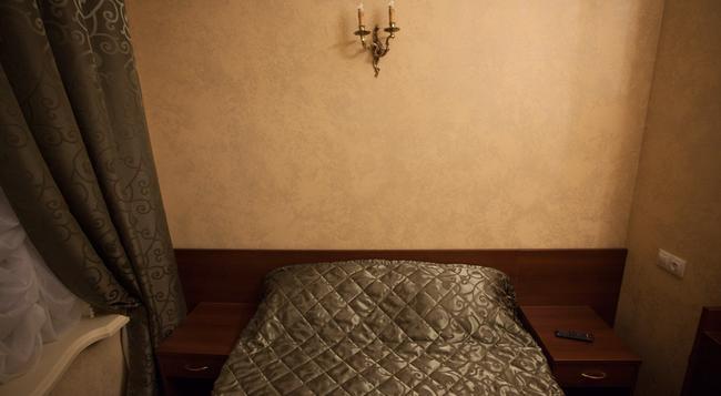 Mini-Hotel Symphony - 聖彼得堡 - 臥室